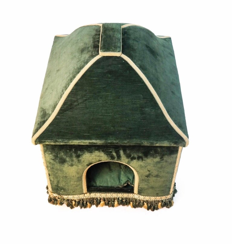 Baroque Style Green Upholstered Dog House, French, 20th Century For Sale 1