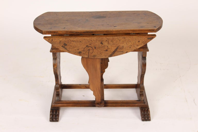 Baroque Style Walnut Drop-Leaf Occasional Table In Good Condition For Sale In Laguna Beach, CA