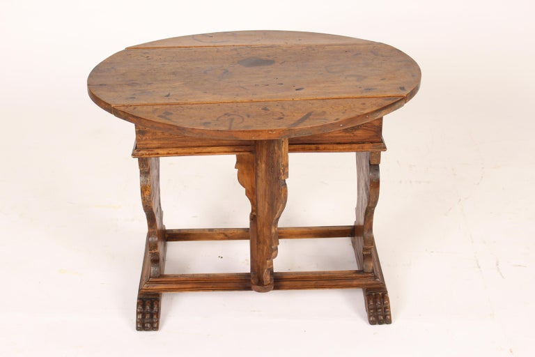 Mid-20th Century Baroque Style Walnut Drop-Leaf Occasional Table For Sale