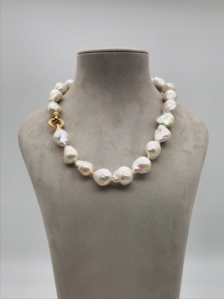 Baroques Pearls Necklaces With Gold and Diamonds Clasp  22 Baroque South Sea pearls  Diamonds and Gold 18K Claps