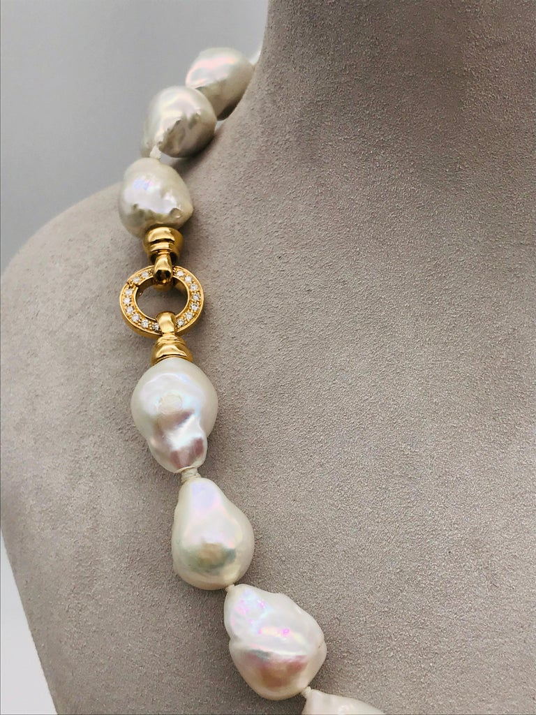 Women's Baroques Pearls Necklaces with Gold and Diamonds Clasp For Sale