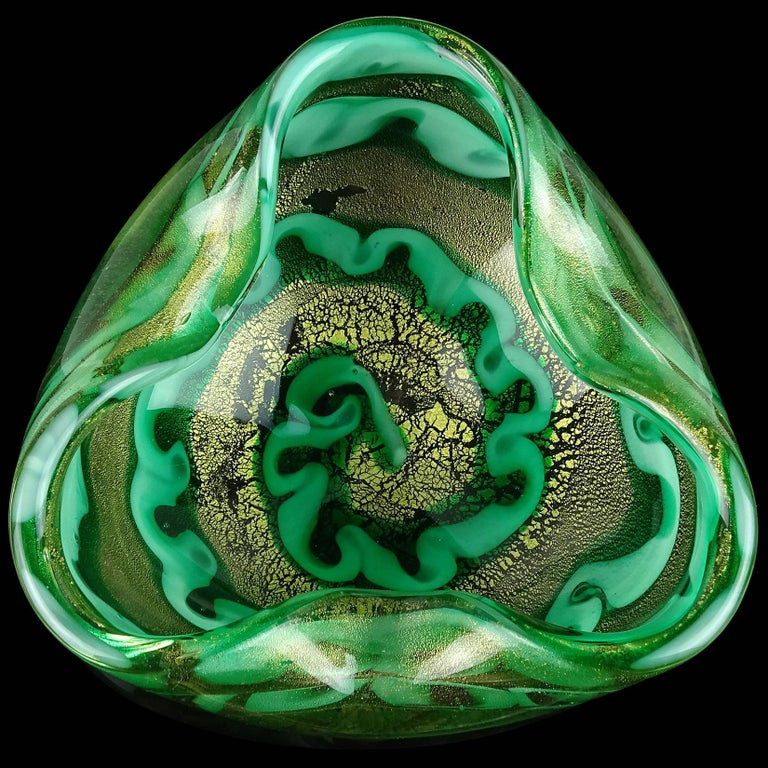 Beautiful large Murano hand blown gold flecks and green swirling design Italian art glass bowl. Documented to designer Ercole Barovier for the Barovier e Toso company, circa 1955-1960. Profusely filled with gold leaf. This particular design has