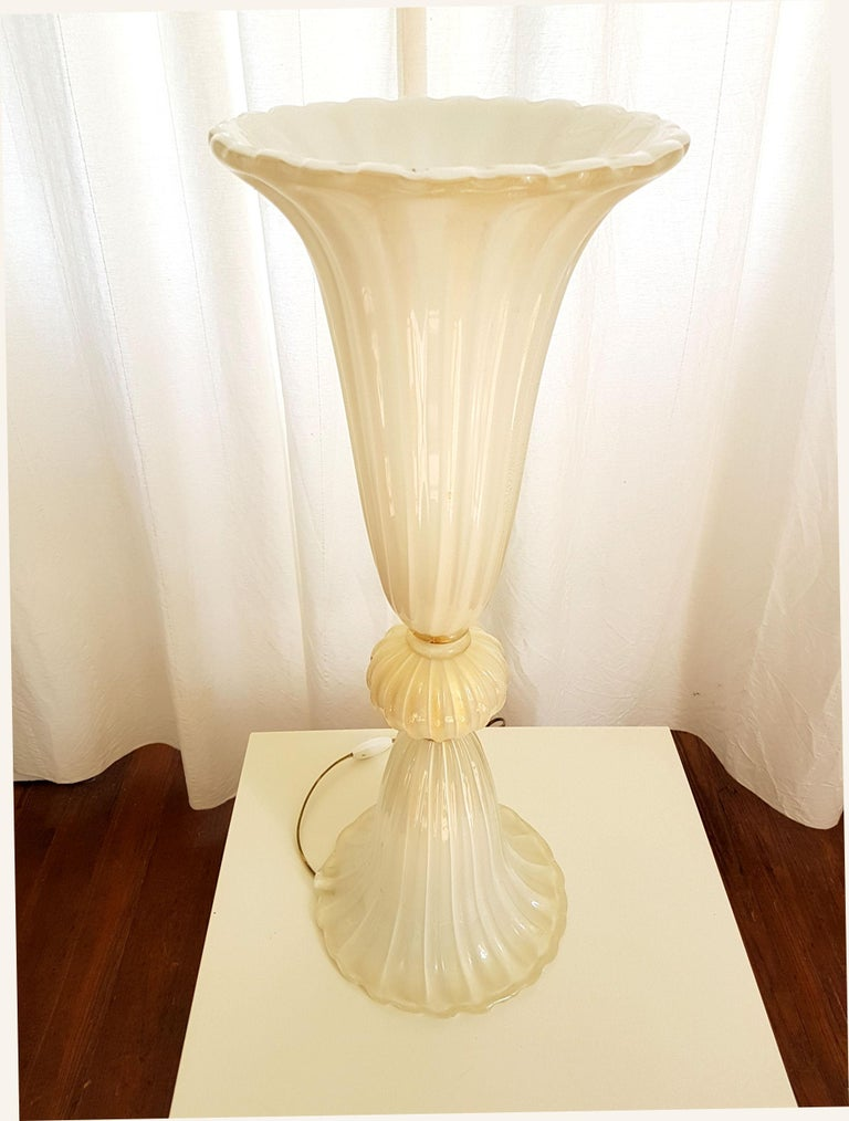 Hand-Crafted Barovier Style Pair of Large Murano Glass Lamps, Mid-Century Modern, 1970s For Sale