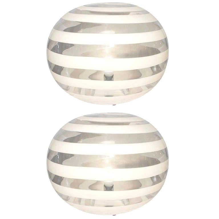Barovier Toso 1960s Pair of Crystal Clear and White Murano Glass Round Lamps For Sale