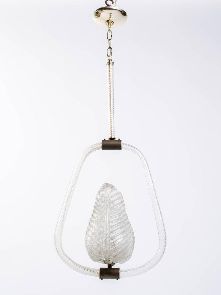 Mid-20th Century Barovier & Toso Art Deco Murano Glass Pendant Light with Leaf Design circa 1940s For Sale
