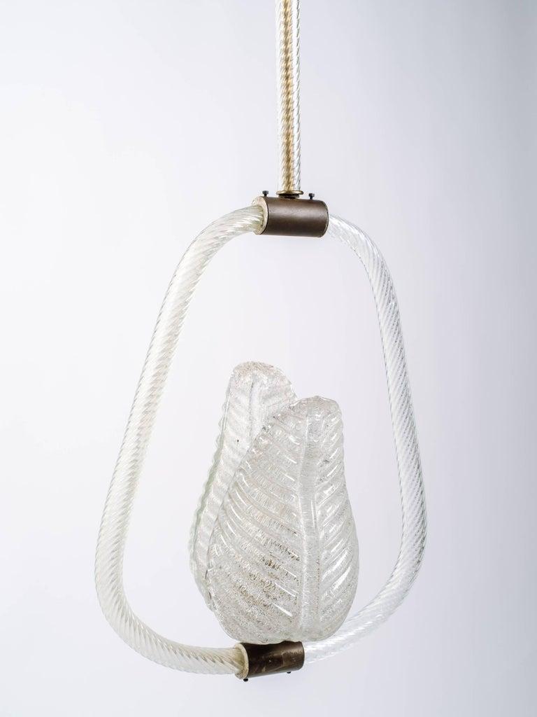 Barovier & Toso Art Deco Murano Glass Pendant Light with Leaf Design circa 1940s For Sale 1