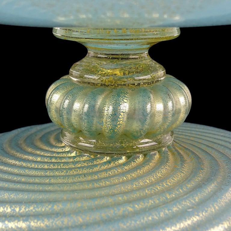Barovier Toso Murano Blue Gold Flecks Italian Art Glass Footed Covered Bowl In Good Condition For Sale In Kissimmee, FL