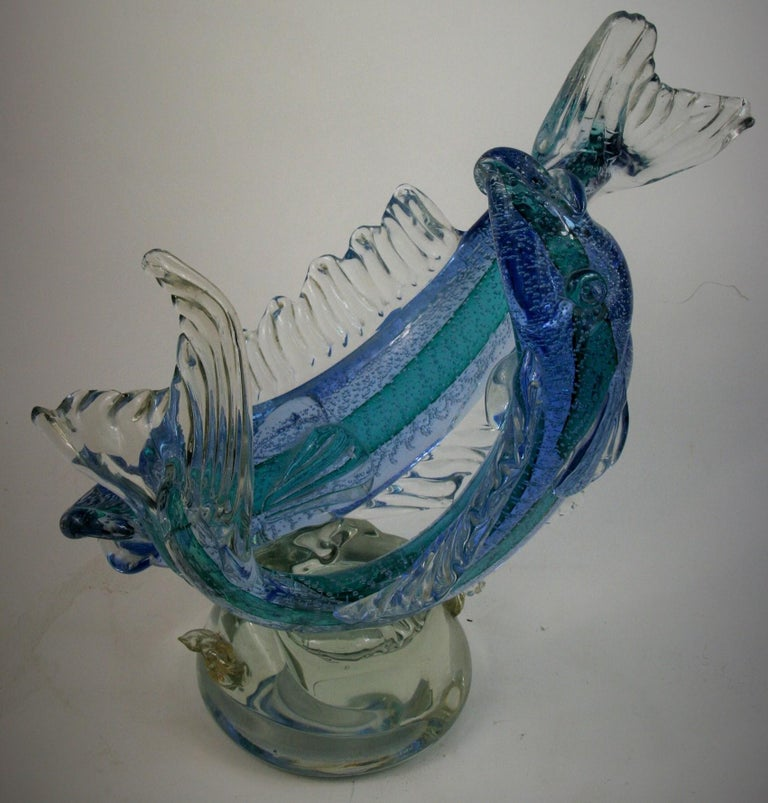 Barovier & Toso Murano Large Glass Double Fish Sculpture In Good Condition For Sale In Douglas Manor, NY