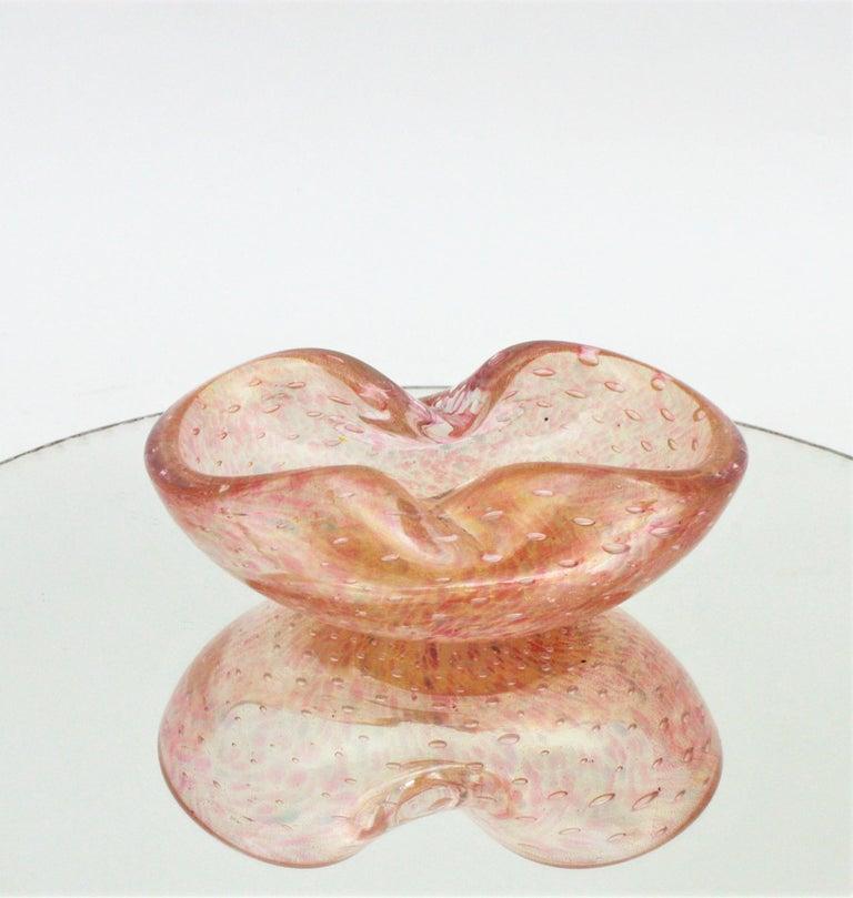 Italian Barovier Toso Murano Pink Gold Flecked Bullicante Art Glass Bowl /Ashtray For Sale