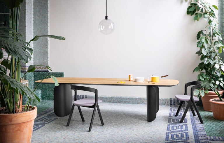 Modern Barry Medium Table in Palladio Moro Top with Black Lacquered Base by Alain  For Sale