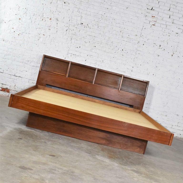 Veneer Barzilay Scandinavian Modern Style King Bookcase Platform Bed with Tambour Doors For Sale