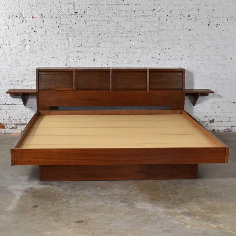 Walnut Barzilay Scandinavian Modern Style King Bookcase Platform Bed with Tambour Doors For Sale