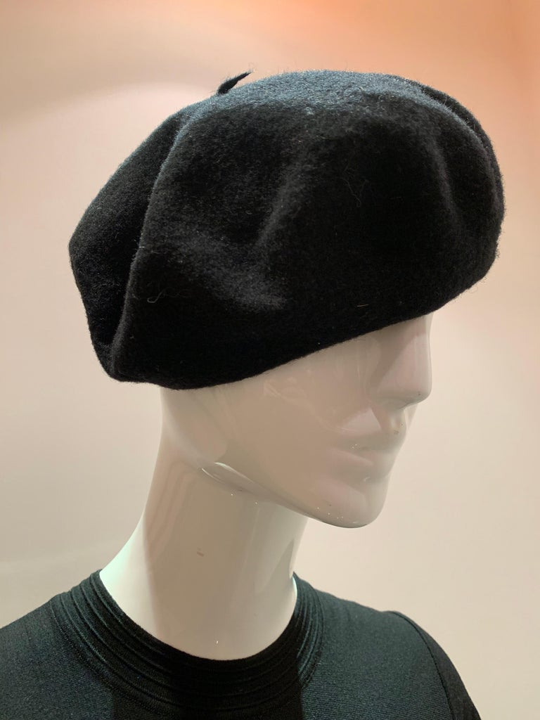 Women's or Men's Basque Classic French Black Wool Felted Beret For Sale