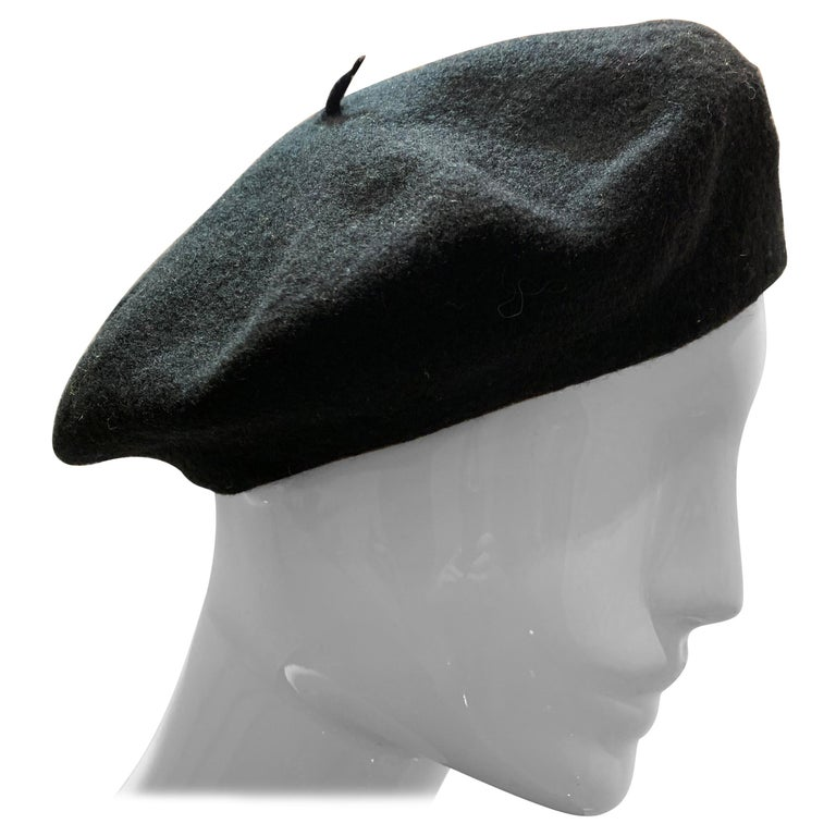 Basque Classic French Black Wool Felted Beret For Sale