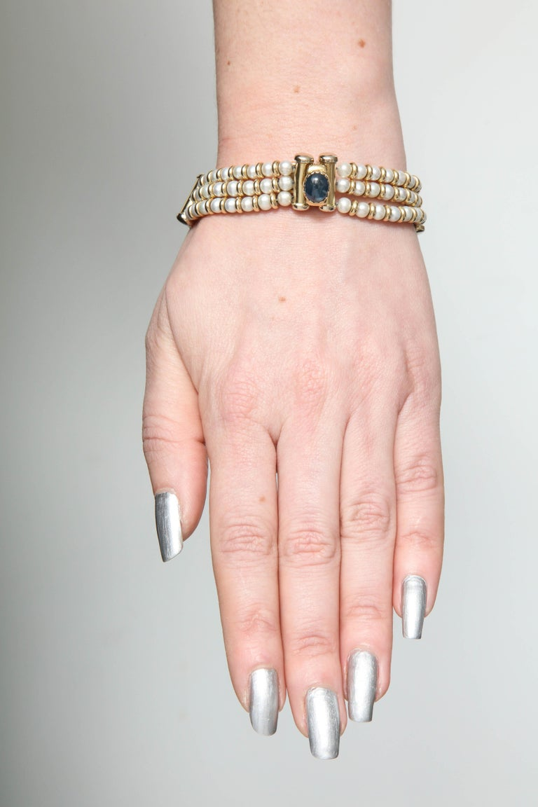 Bassani 1990s Pearl with Cabochon Sapphire Gold Rondelles Pearl Bracelet For Sale 6