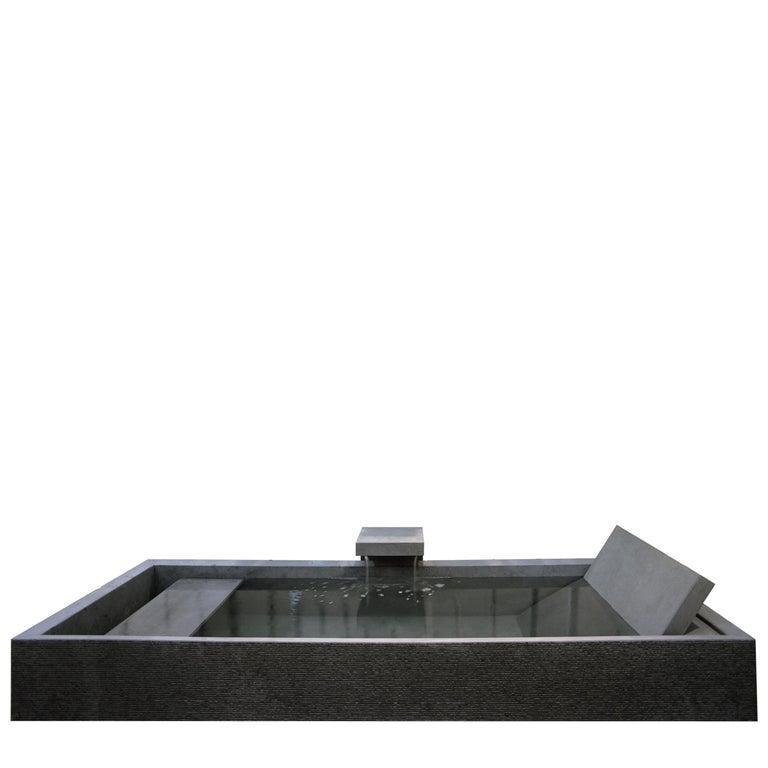 "Bathtub ""Kobe Interna"" made of Marble customizable by Pibamarmi For Sale"