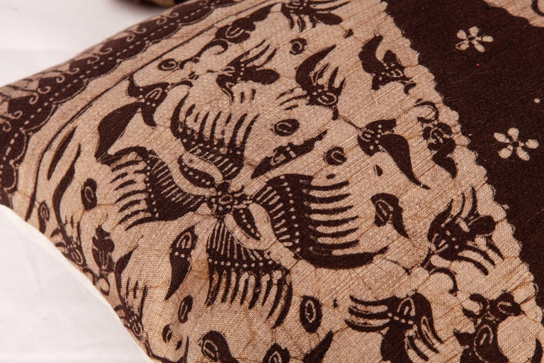 Batik Pillow Cases Fashioned from a Vintage Indonesian Batik In Good Condition For Sale In Istanbul, TR