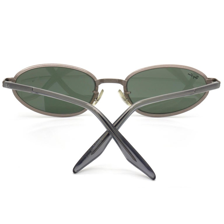 Women's or Men's BAUCH&LOMB Ray-Ban original vintage sunglasses, made in U.S.A from 90s For Sale
