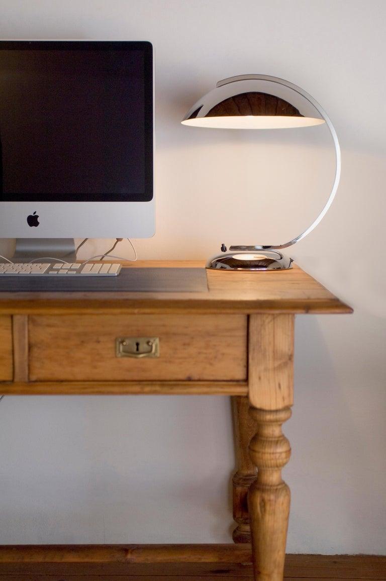 Bauhaus Art Deco Style Desk Lamp - Table Lamp - re editon For Sale 1