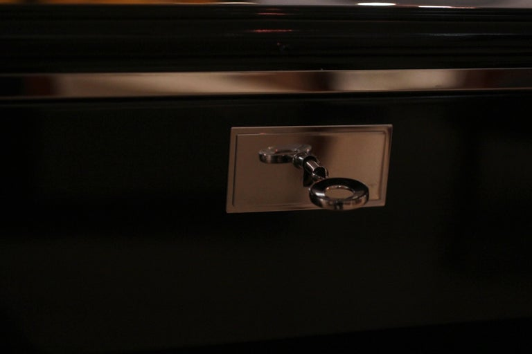 Bauhaus Desk, Black Lacquer and Chrome, Germany, circa 1930 For Sale 4