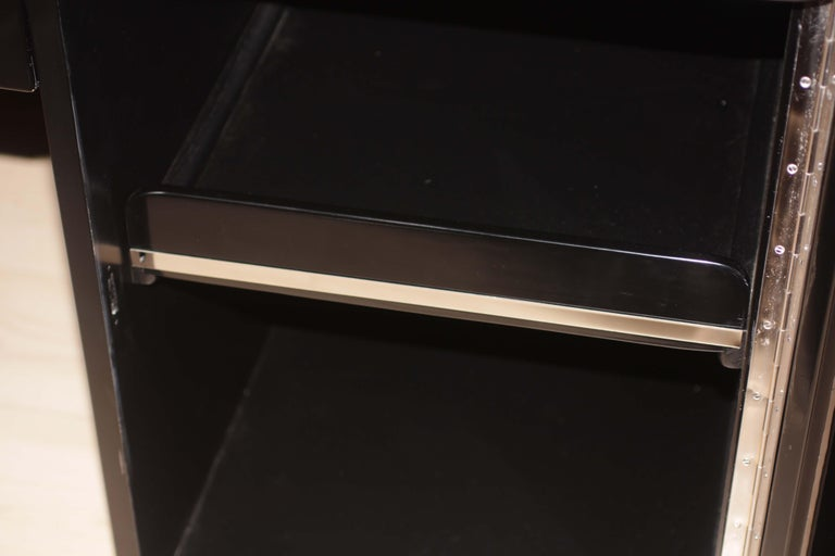 Bauhaus Desk, Black Lacquer and Chrome, Germany, circa 1930 For Sale 10