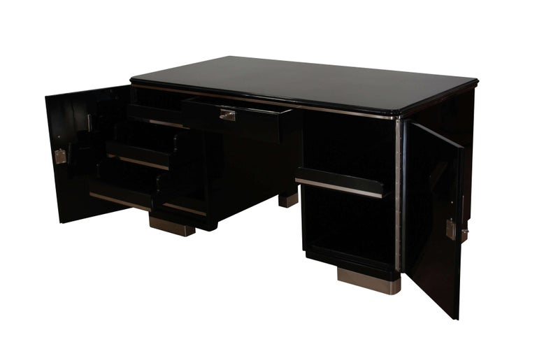 Bauhaus Desk, Black Lacquer and Chrome, Germany, circa 1930 In Excellent Condition For Sale In Regensburg, DE