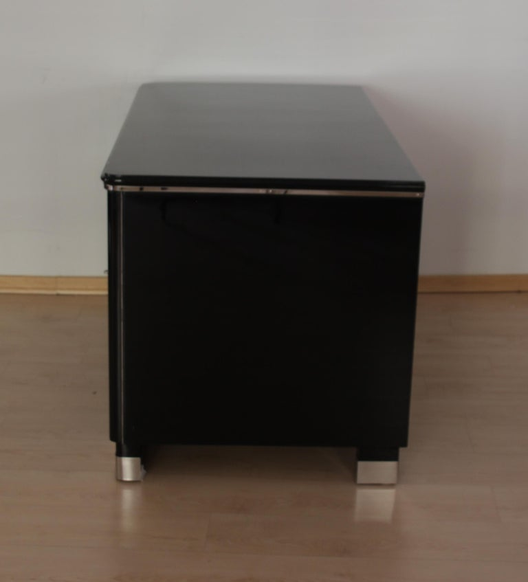 Mid-20th Century Bauhaus Desk, Black Lacquer and Chrome, Germany, circa 1930 For Sale