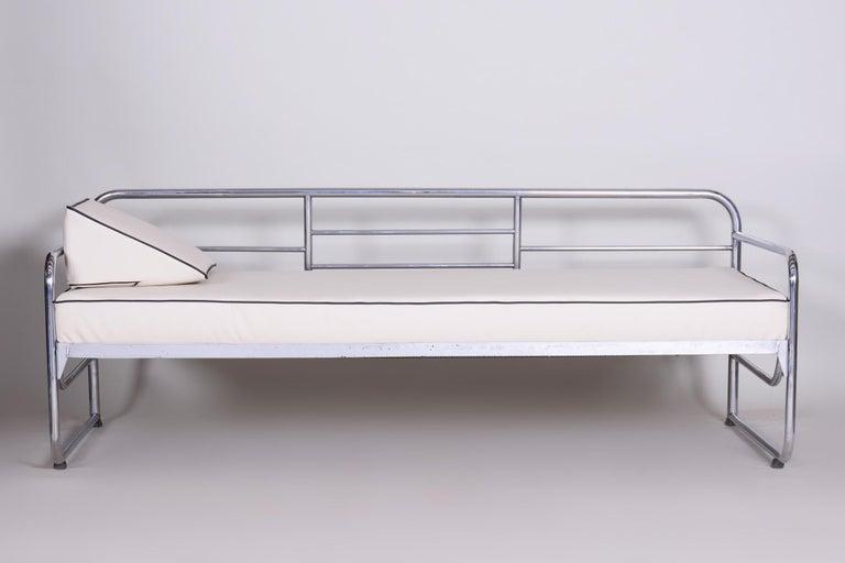 Czech Bauhaus Ivory Tubular Chrom Sofa, Mücke-Melder, 1930s, High Quality Leather For Sale