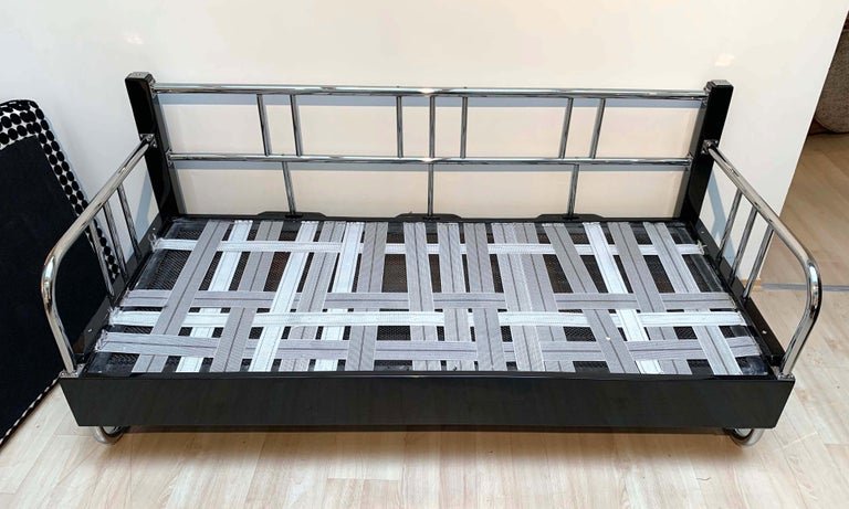 Bauhaus Sofa, Chromed Steeltubes and Black Lacquered Wood, Germany circa 1930s For Sale 10
