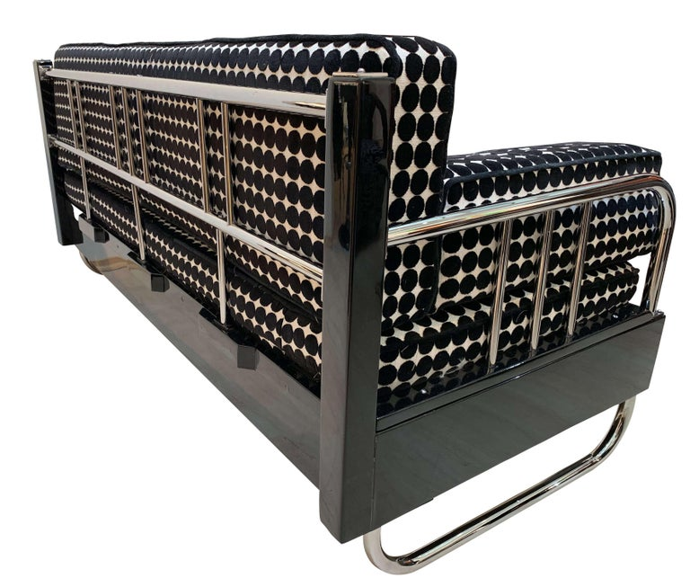 Galvanized Bauhaus Sofa, Chromed Steeltubes and Black Lacquered Wood, Germany circa 1930s For Sale