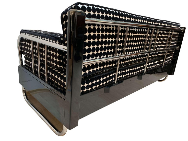 Bauhaus Sofa, Chromed Steeltubes and Black Lacquered Wood, Germany circa 1930s For Sale 3