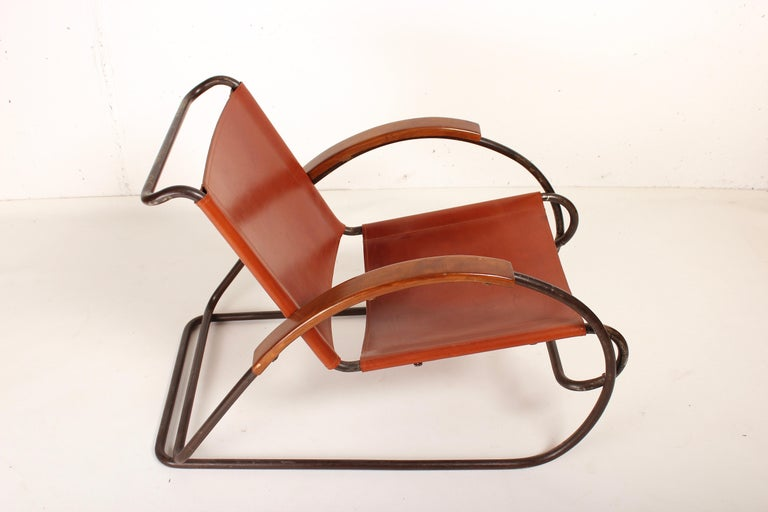 Rare Bauhaus armchair by Erich Dieckmann, Germany, 1931 Stunning sculptural lounge chair, tubular metal structure, arms with wood, seat and back restored in cognac leather, original Eisengarn in bad condition preserved for collectors. Erich