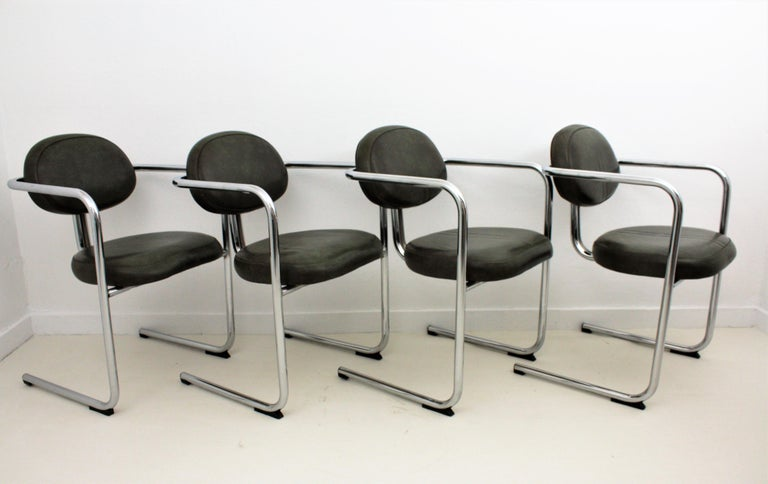 Bauhaus Style Tubular Chromed Steel Cantilever Armchairs, Set of Four For Sale 8