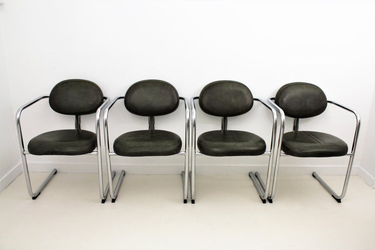 Bauhaus Style Tubular Chromed Steel Cantilever Armchairs, Set of Four For Sale 10