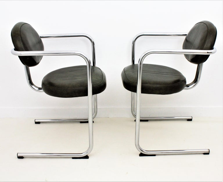 20th Century Bauhaus Style Tubular Chromed Steel Cantilever Armchairs, Set of Four For Sale