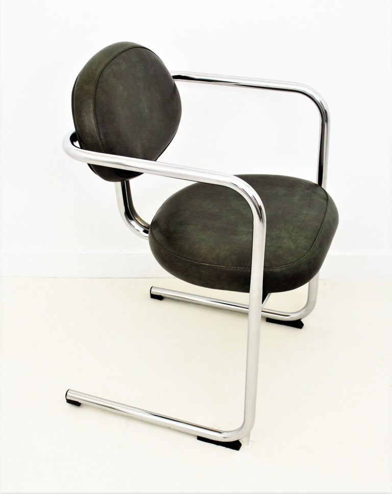 Bauhaus Style Tubular Chromed Steel Cantilever Armchairs, Set of Four For Sale 3