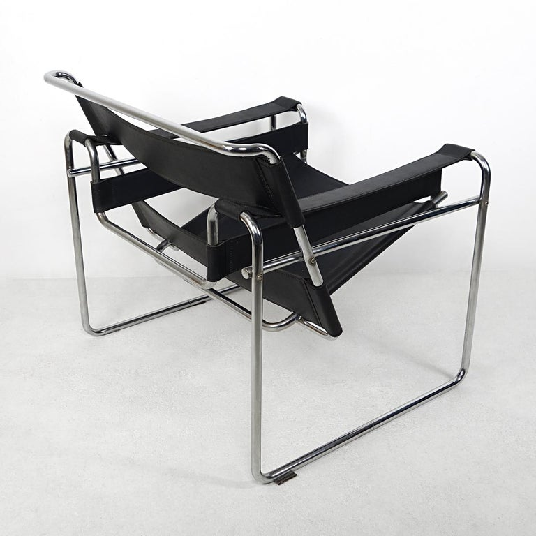 Early 20th Century Bauhaus Style Wassily Chair by Marcel Breuer for Knoll International For Sale