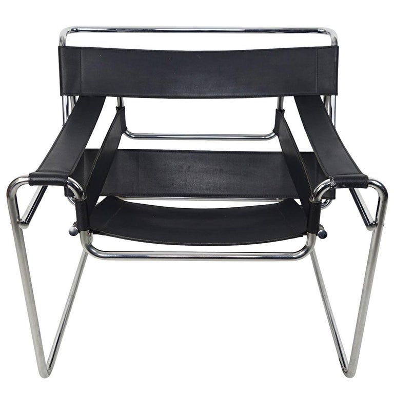 Bauhaus Style Wassily Chair by Marcel Breuer for Knoll International For Sale