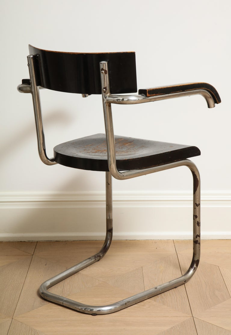 Bauhaus Tubular Chromed Steel and Beech Armchair by Mart Stam for Thonet For Sale 1