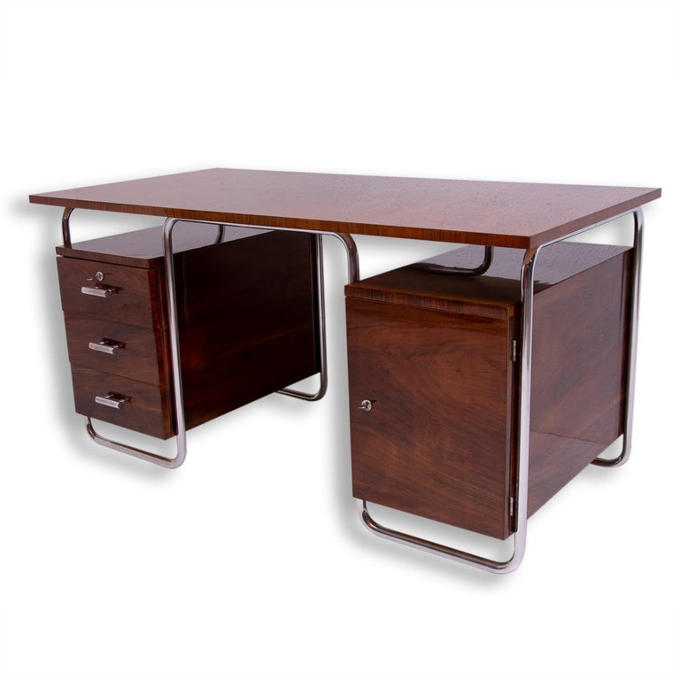 Bauhaus Tubular Writing Desk by Jindřich Halabala for UP Závody, 1930s, Bohemia In Excellent Condition For Sale In Prague 8, CZ