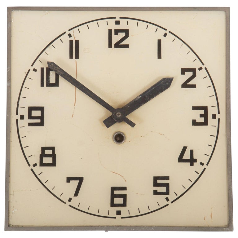 Bauhaus wall clock, 1935, offered by Galerie Zeitraume