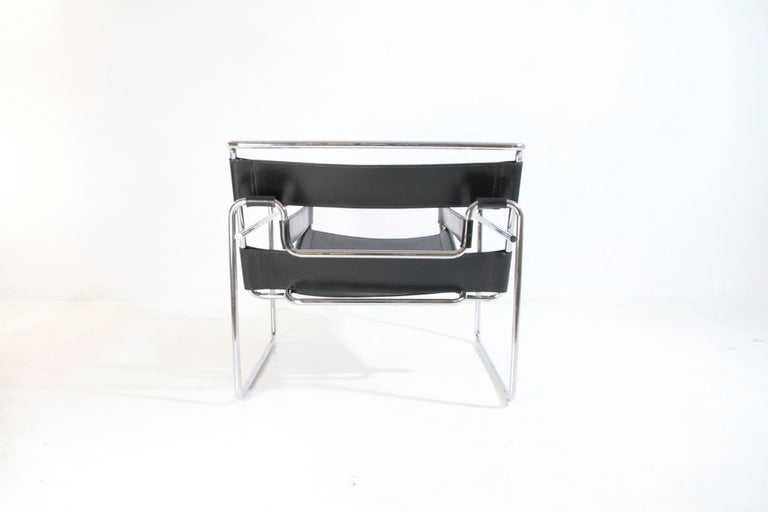 Bauhaus Wassily Chair by Marcel Breuer for Knoll International For Sale 4
