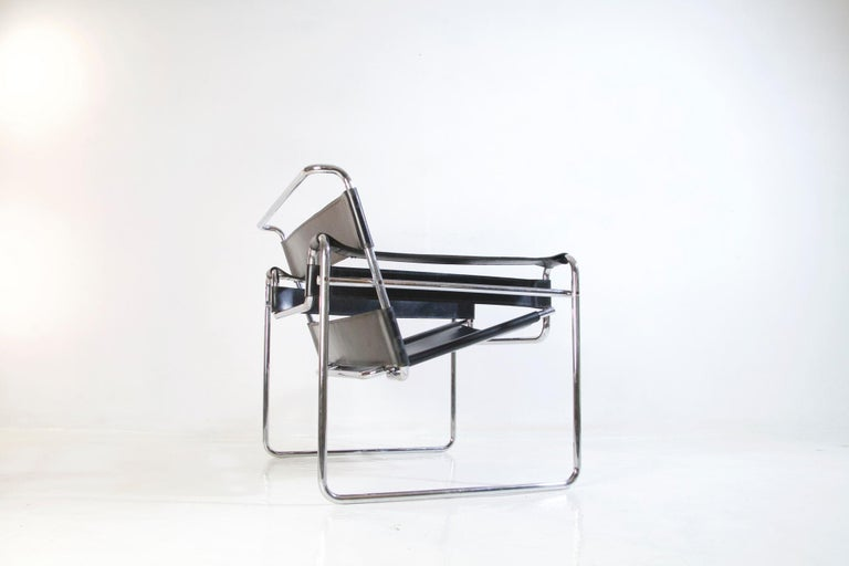 Bauhaus Wassily Chair by Marcel Breuer for Knoll International For Sale 5