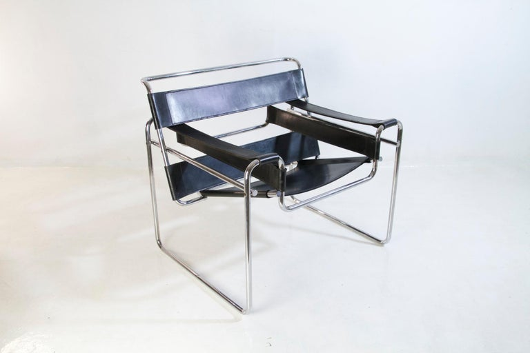 Bauhaus Wassily Chair by Marcel Breuer for Knoll International For Sale 8