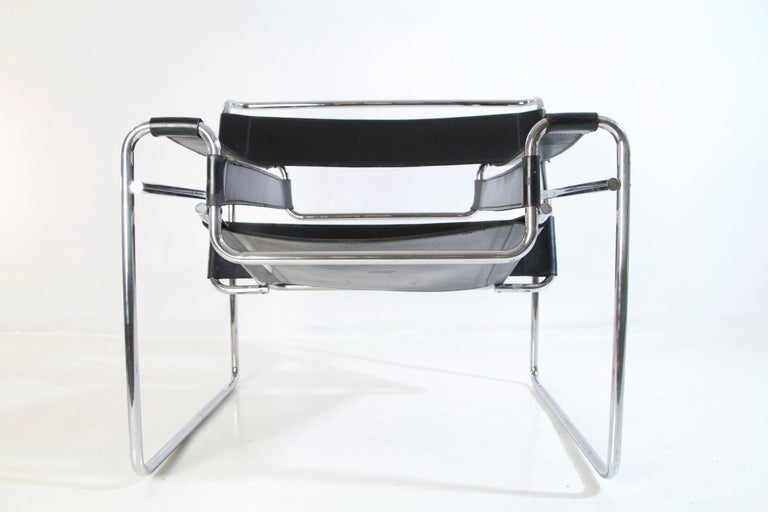Italian Bauhaus Wassily Chair by Marcel Breuer for Knoll International For Sale