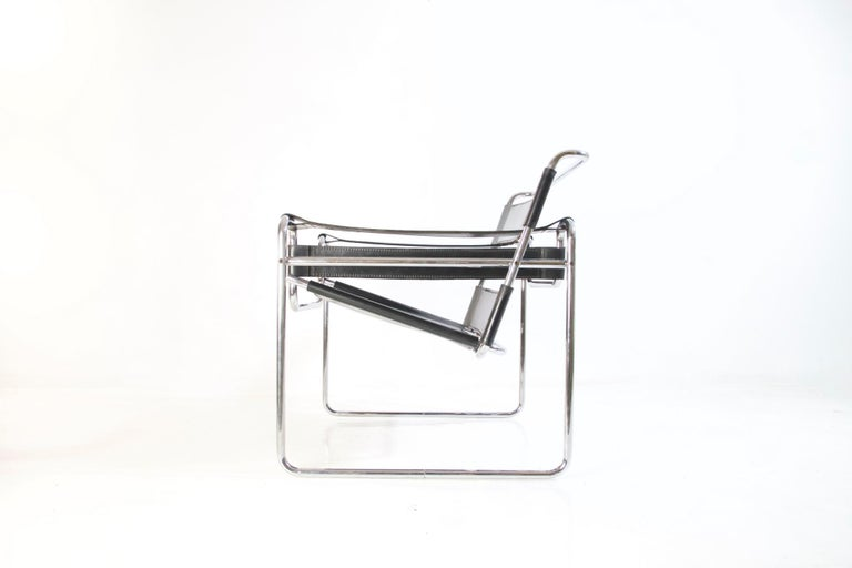 Bauhaus Wassily Chair by Marcel Breuer for Knoll International For Sale 1