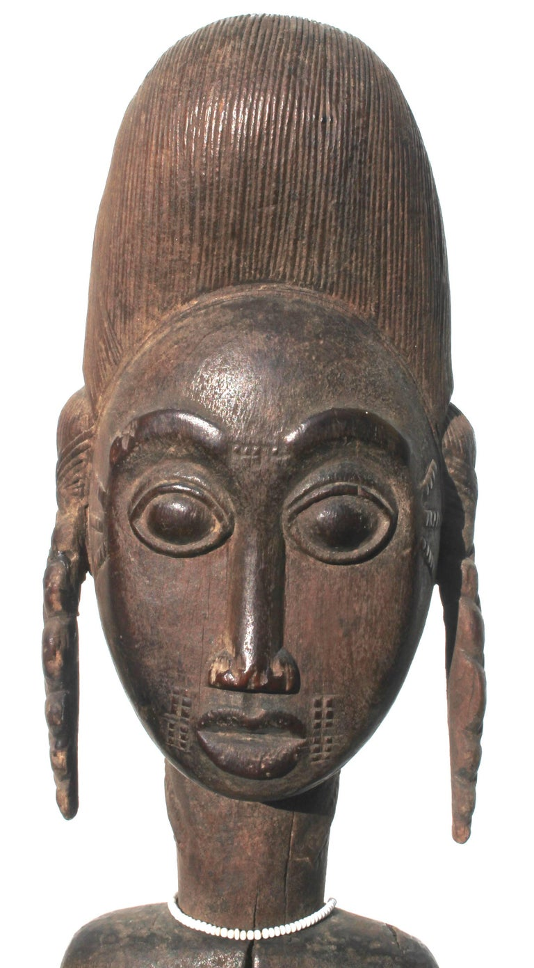 Baule Female Carved Wood Figure, African Sculpture Sotheby's Provenance In Good Condition For Sale In Sharon, CT
