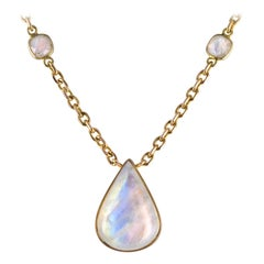 Baume Creation Labradorite 18 Karat Yellow Gold Necklace