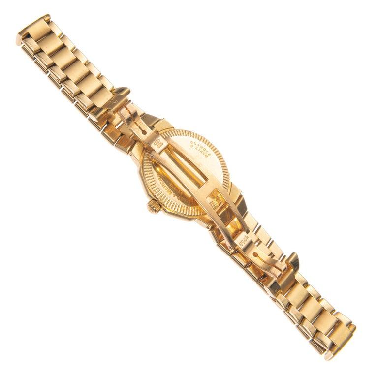 Baume & Mercier Ladies Yellow Gold Riviera Quartz Wristwatch In Good Condition For Sale In Stamford, CT
