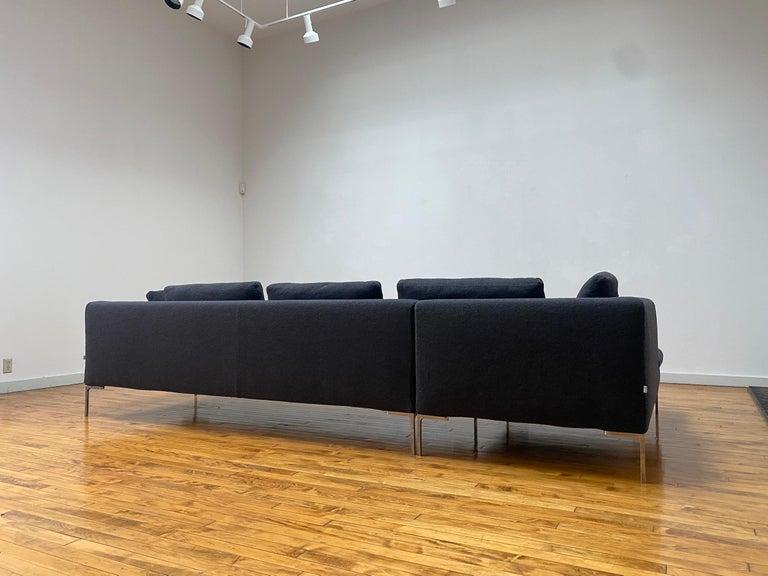 B&B Italia L- Shape Charles Sofa in Dark Gray Tweed Designed by Antonio Citterio For Sale 3